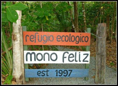 Gate to Mono Feliz